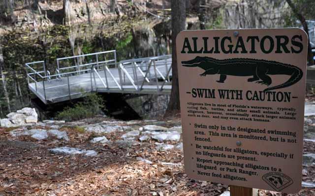 Tag 73 164 und 165 Im Oleno State Park wird vor Alligatoren gewarnt - gesehen habe ich keine.