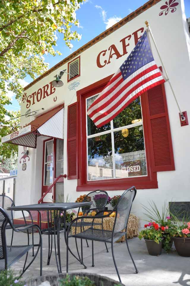 Tag 22 82 In Hillsboro steht dieses Café - wobei dies im Süden der USA Restaurants sind. Manche Cafés haben ausgerechnet zur Kaffeezeit geschlossen.