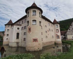 Das Wasserschloss Glatt ist mit einem kurzen Abstecher erreichbar.